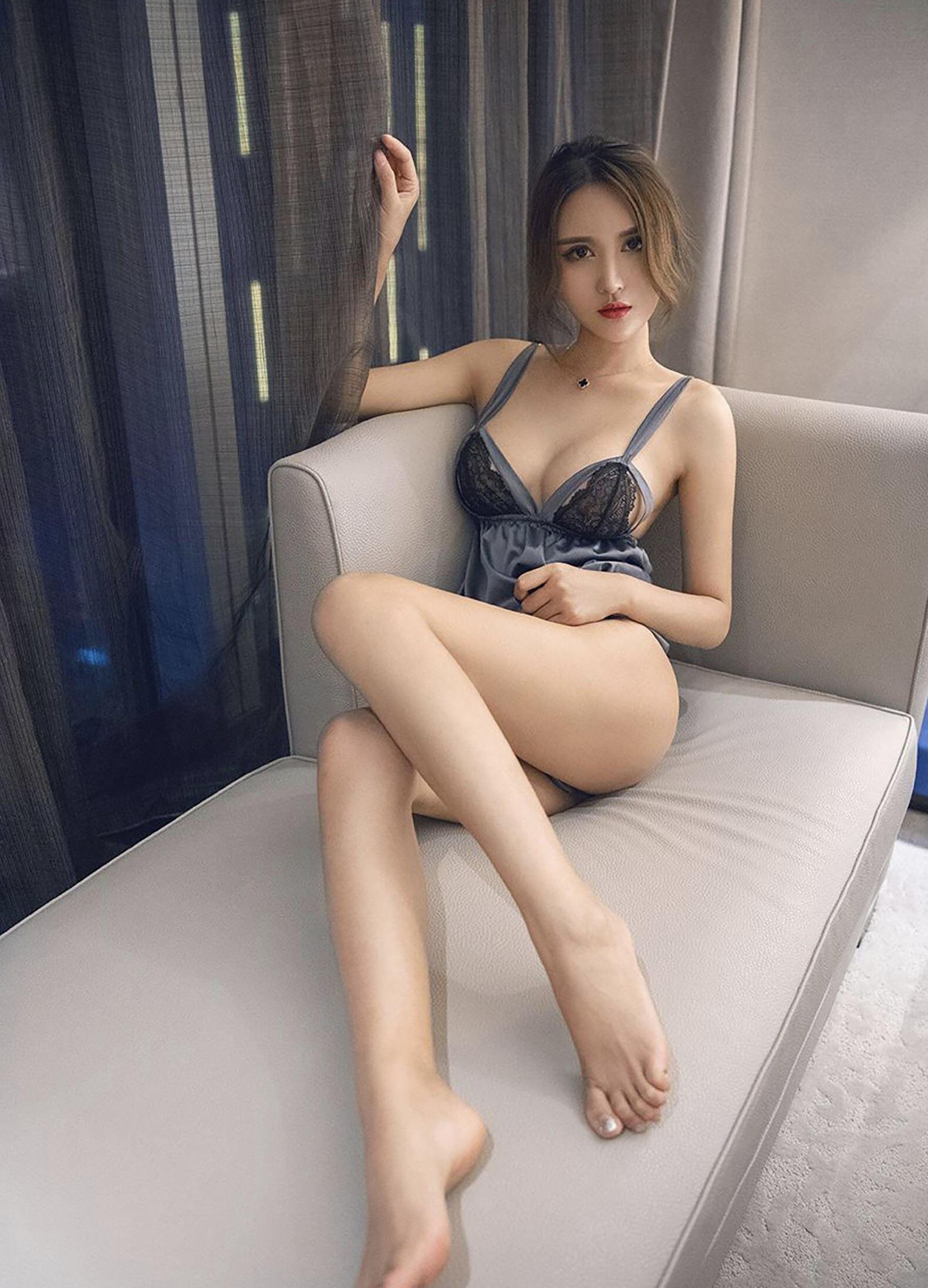 Chinese ebony xxx pussy jizz